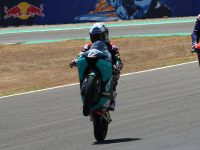 Moto3 Andalusia: Suzuki wins as points leader Arenas crashes heavily