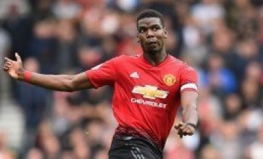 Paul Pogba reacts after Manchester United's 1-0 loss to Arsenal