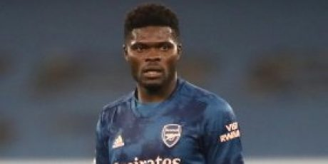 Mikel Arteta reacts to Thomas Partey's display vs Rapid Wien